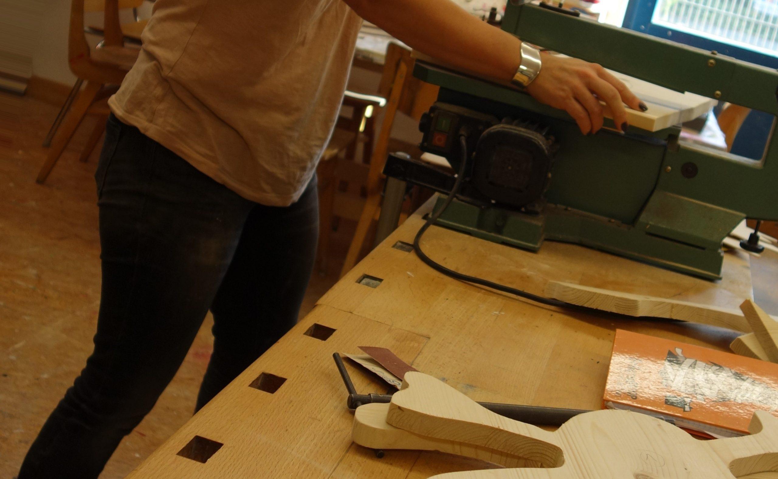 Holzarbeiten mit Stich- und Dekupiersäge  (HoS10)