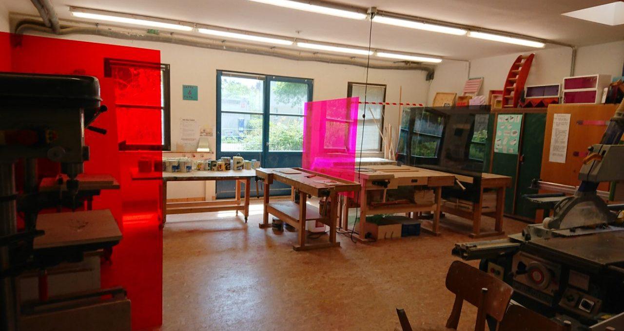 Werkstatt mit Plexiglas
